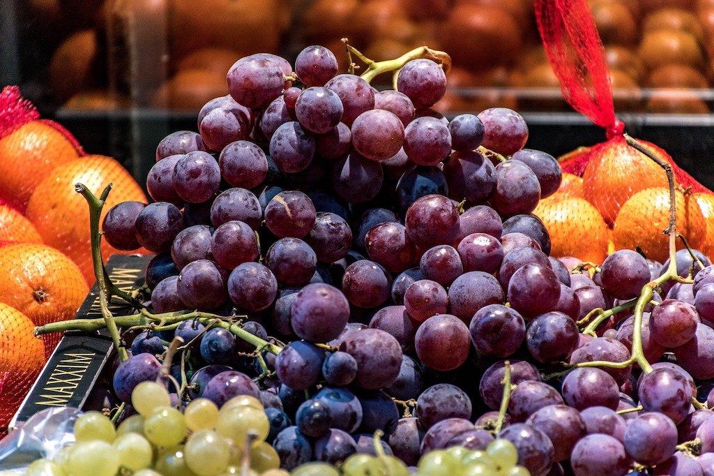 Orangen Trauben Wasser - Vitaminreich und Lecker