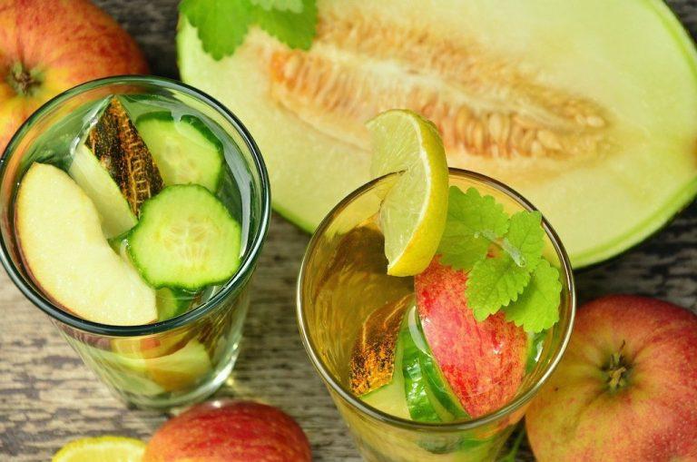 Peppiges Wasser mit Apfel-, Kiwi- und Gurken- Geschmack einfach selber machen